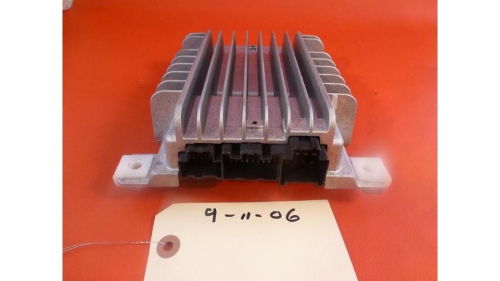 CADILLAC SRX BOSE RADIO STEREO SPEAKER AMP AMPLIFIER 2010-2012 GM