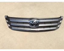TOYOTA AVALON OEM CHROME GRILL 2005-2007 USED